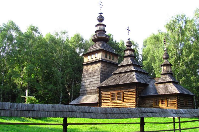 Церква у Шевченківському гаї
